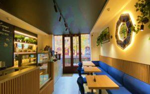 Открылось первое муниципальное кафе «Сяйво кави» в Киеве