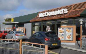 McDonald's тестирует систему автоматизированного голосового заказа на Drive-Thrus